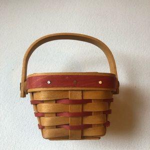 Longaberger Sweetheart Basket (1996)